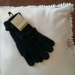 Isotoner mitten gloves NWT